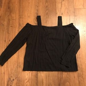 Tops - Black Cold Shoulder Long Sleeved Shirt